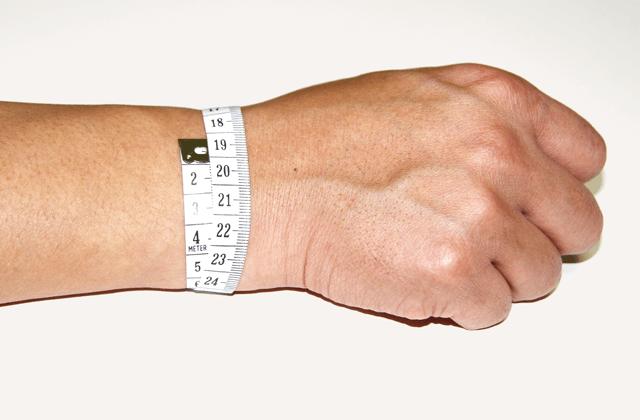 手首の測定方法